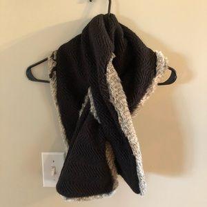 Wrap/scarf